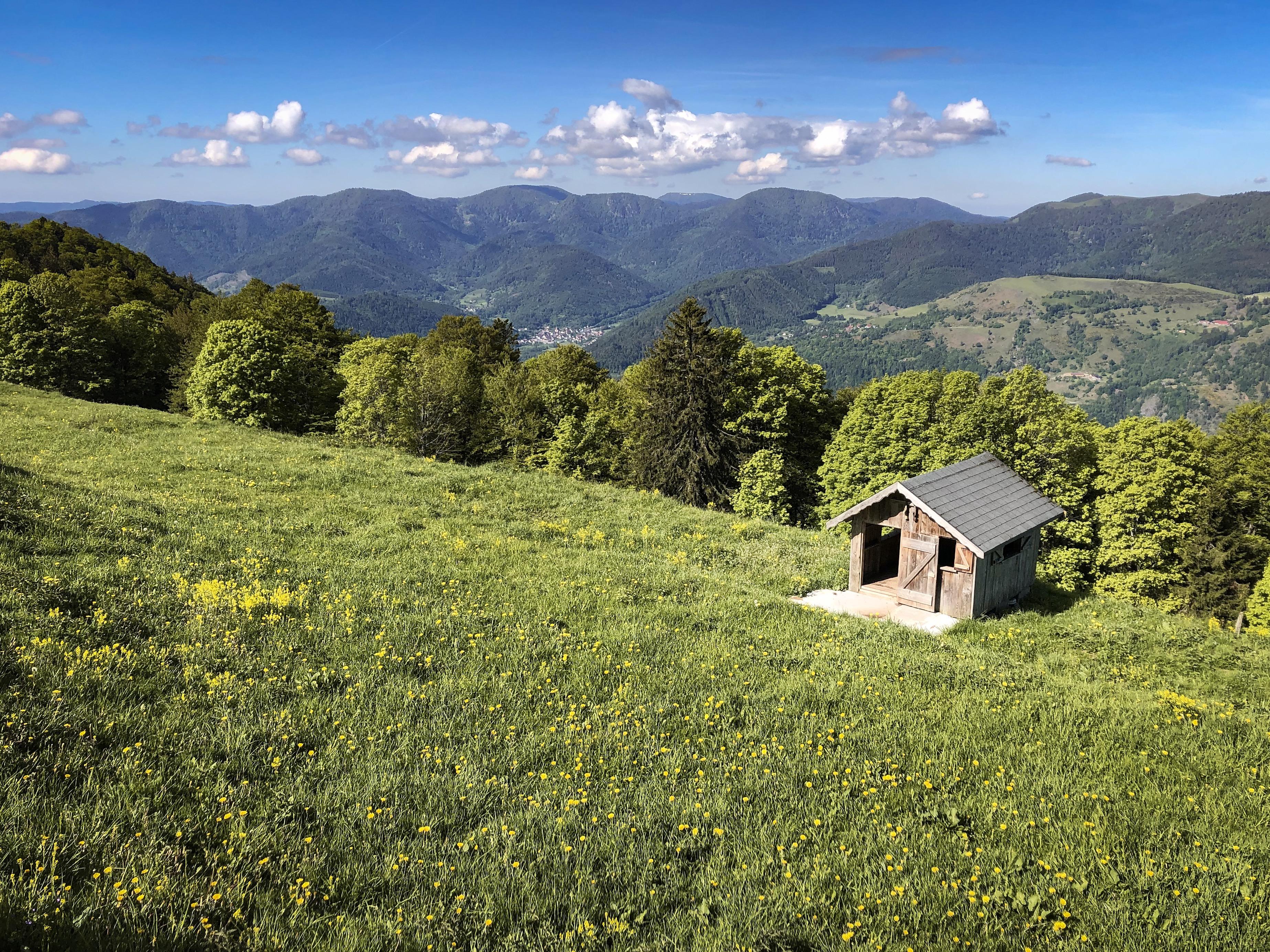 Caban d'enfant à la ferme-auberge du Treh dans les Vosges à l'occasion d'une randonnée