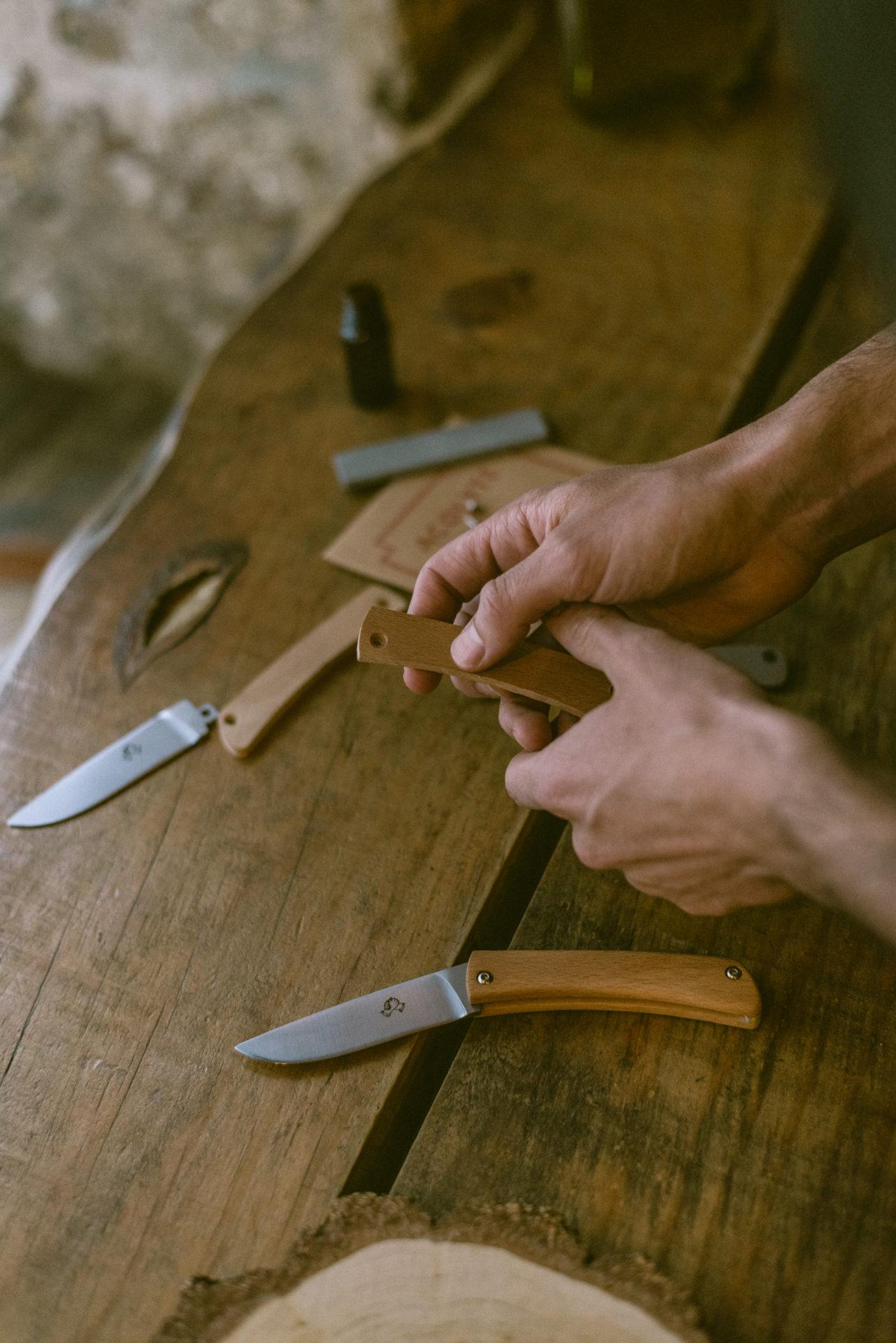assemblage d'un couteau de poche acolyte couteau