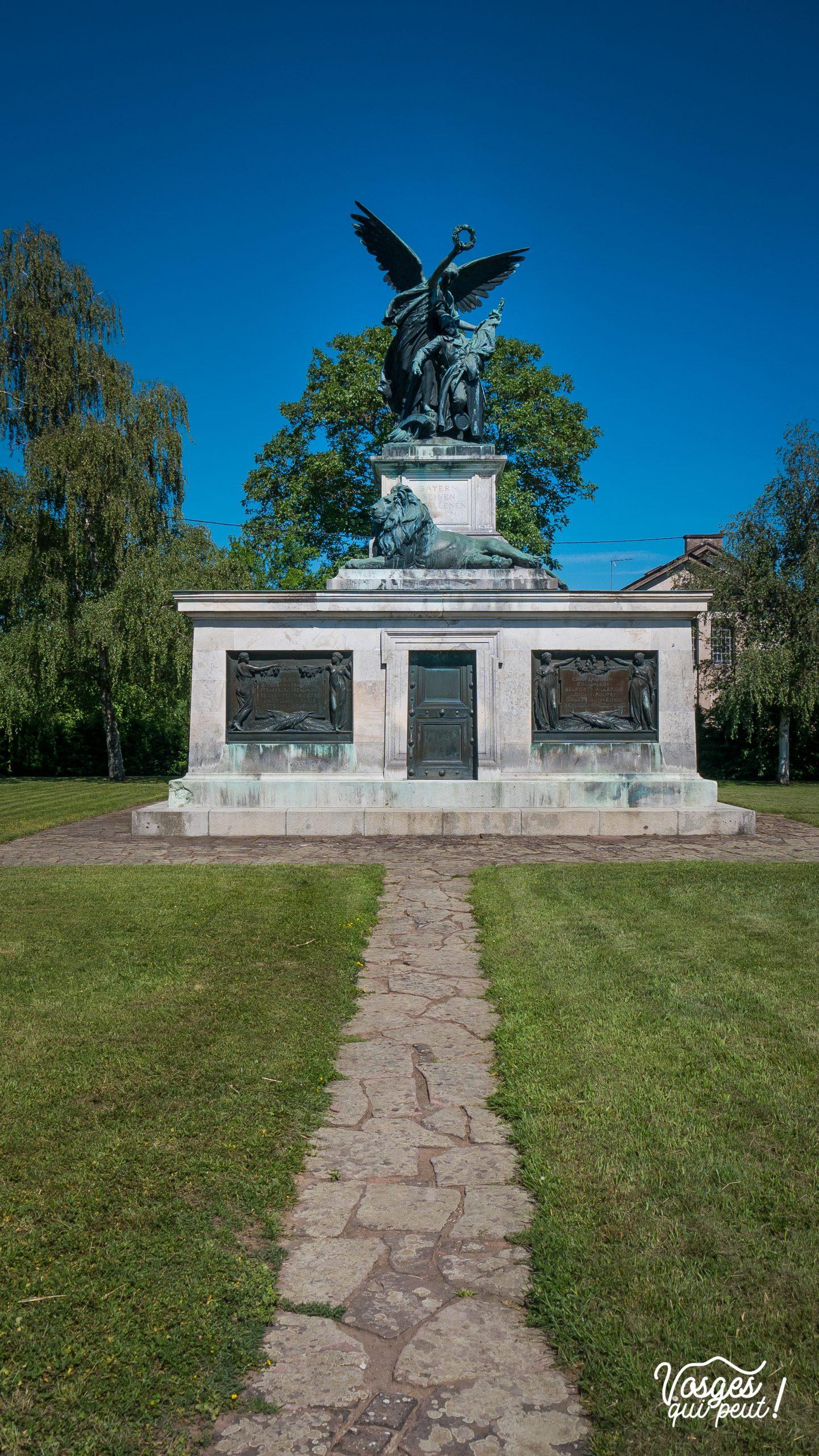 Monument à la mémoire des soldats bavarois dans le village de Wœrth en Alsace