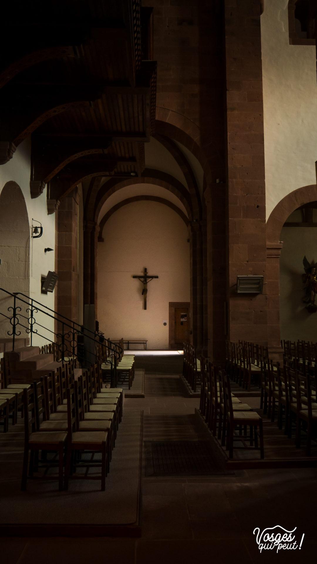 L'intérieur de l'église abbatiale St-Léger de Murbach en Alsace