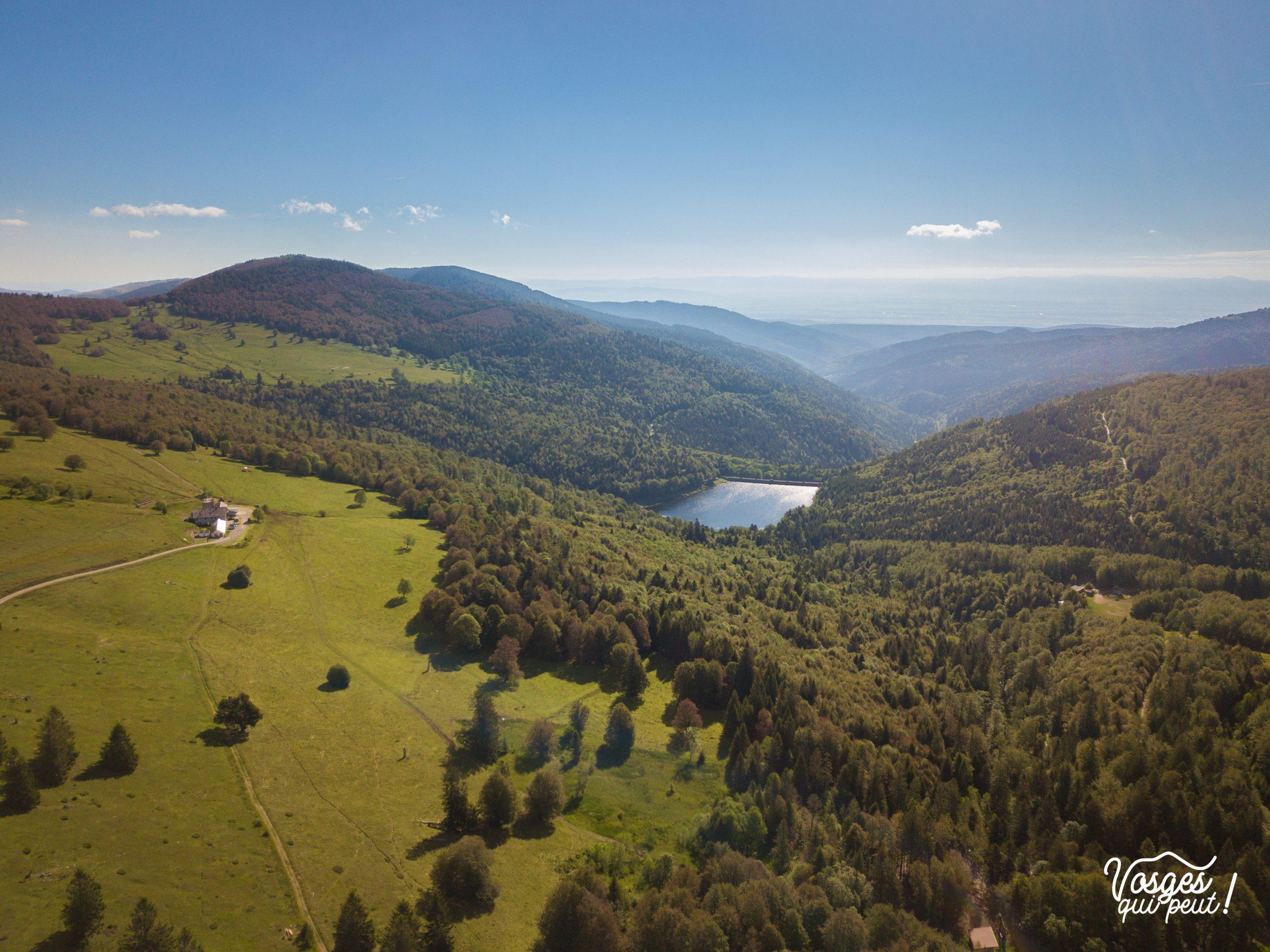Panorama sur les Vosges et le lac de la Lauch près du Markstein