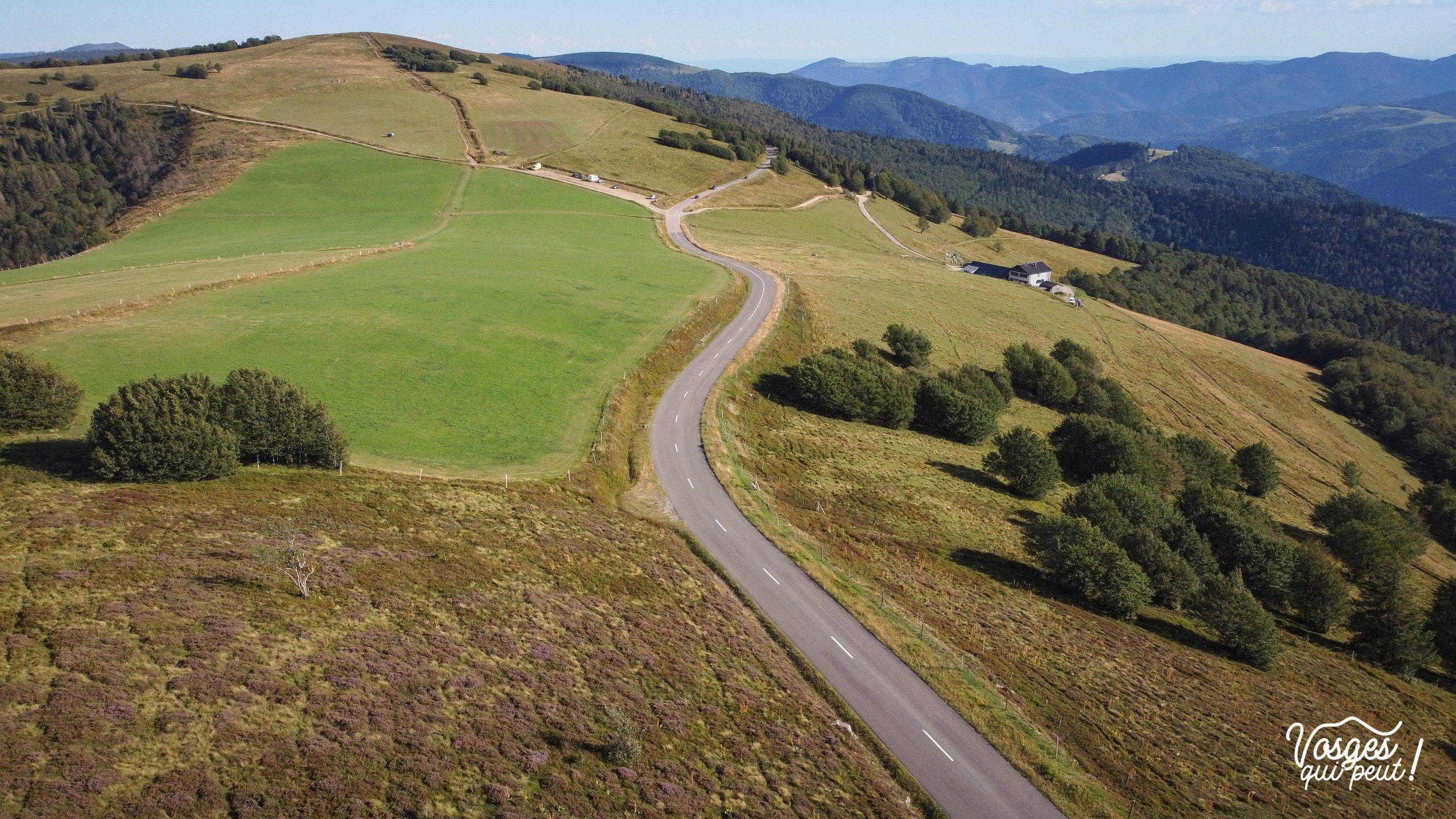 Vue aérienne de la Route des Crêtes dans les Vosges