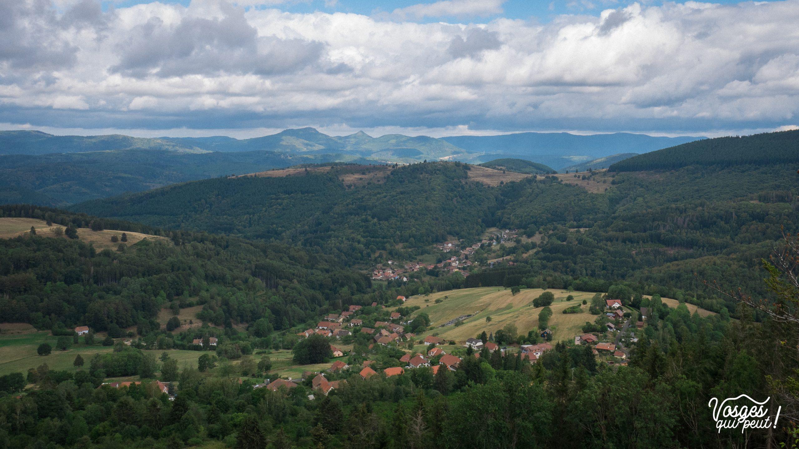 Paysage de la haute vallée de la Bruche depuis la chateau de la Roche