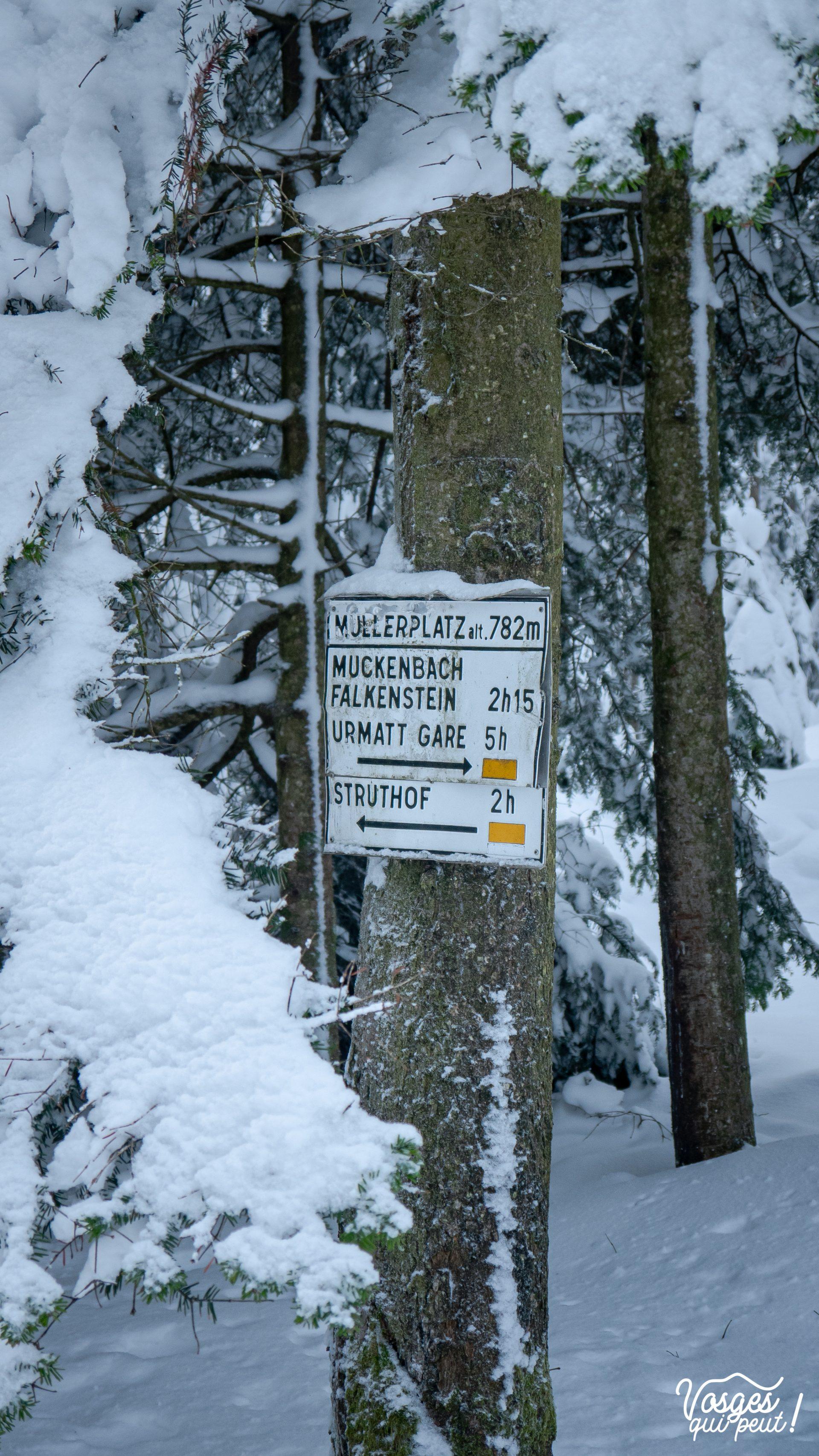 Balisage du Club Vosgien autour de Grendelbruch dans les Vosges