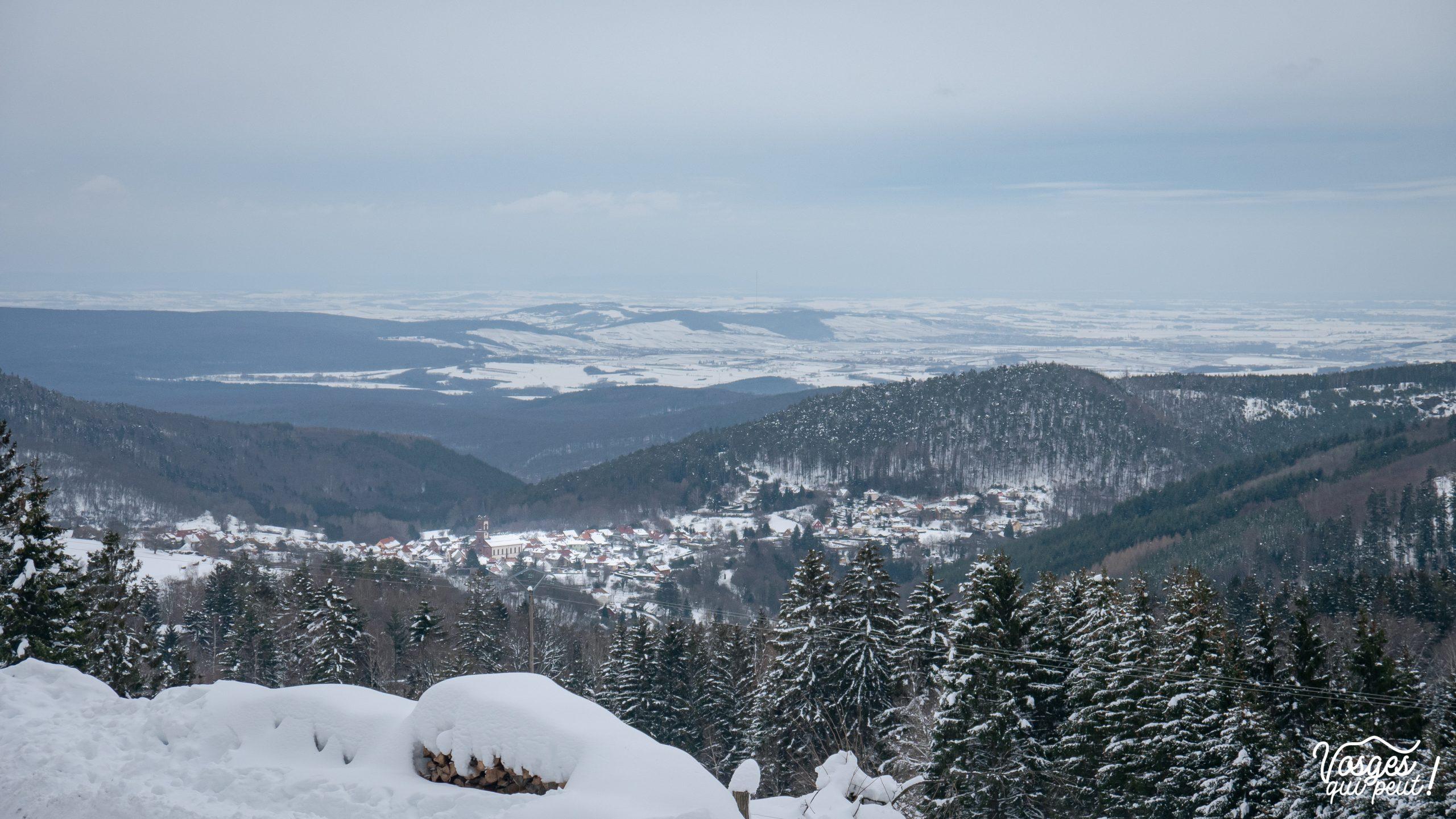 Le village de Grendelbruch depuis les hauteurs