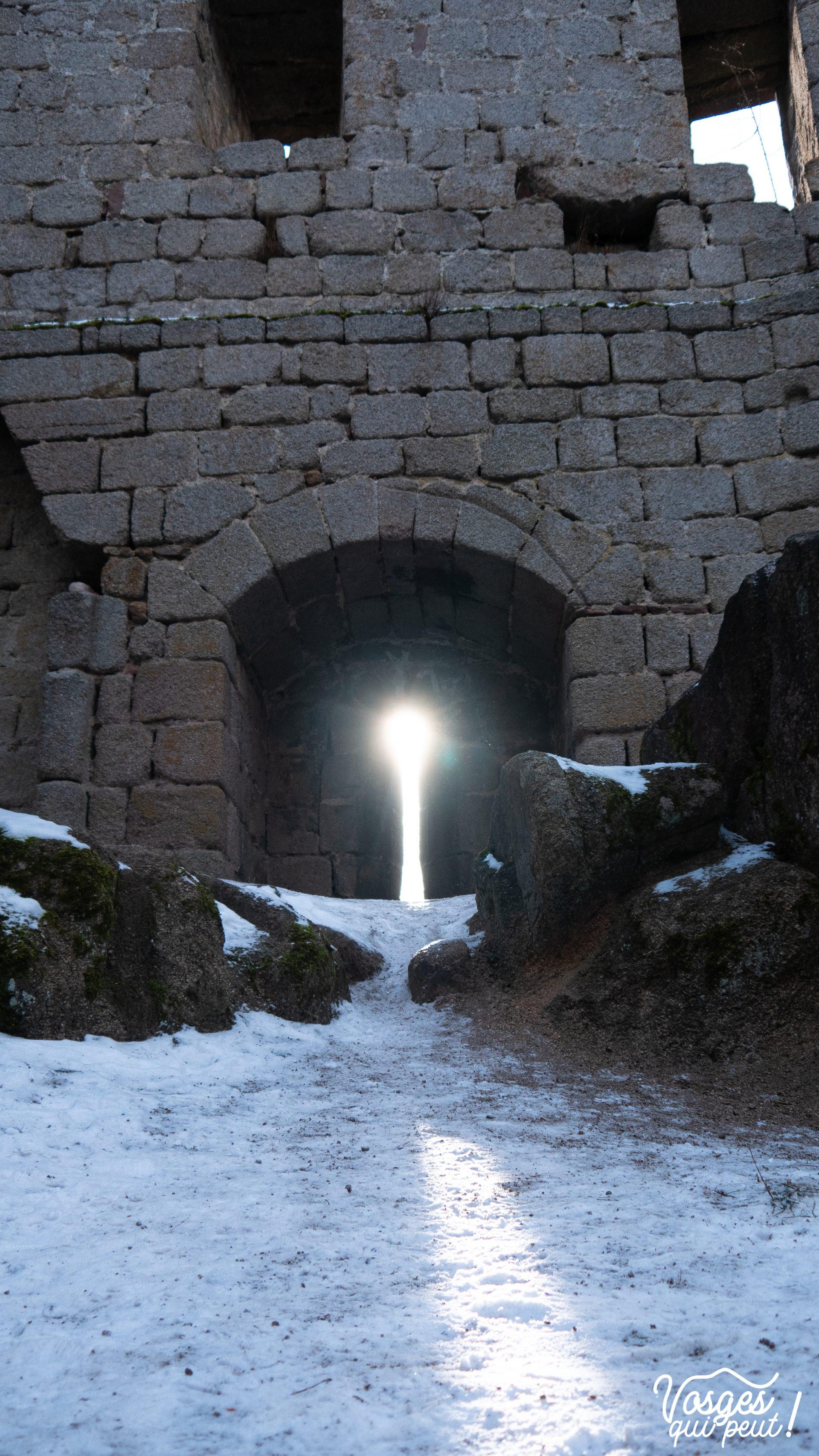 Une fenêtre du château d'Andlau