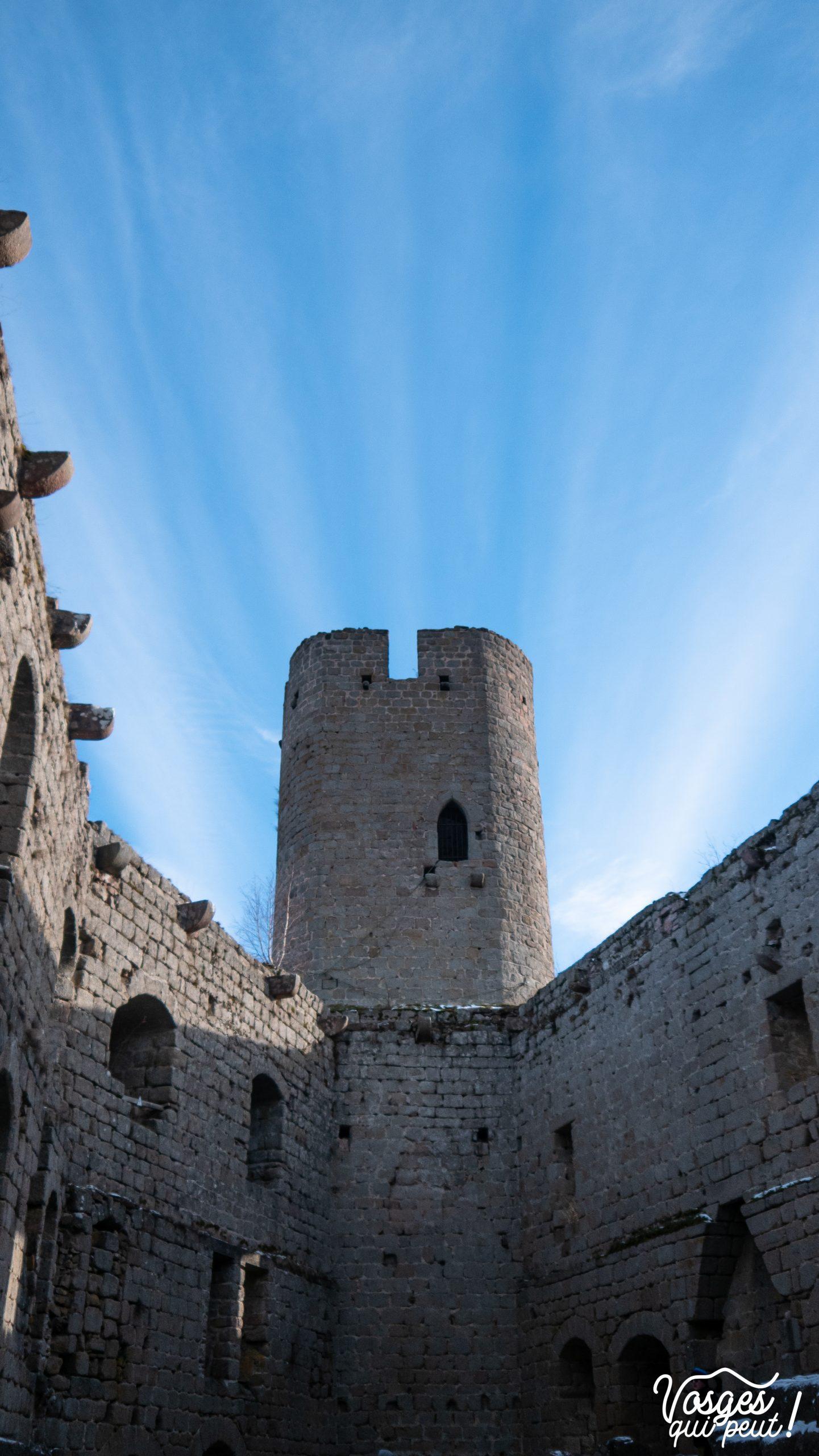 L'une des tours du château d'Andlau