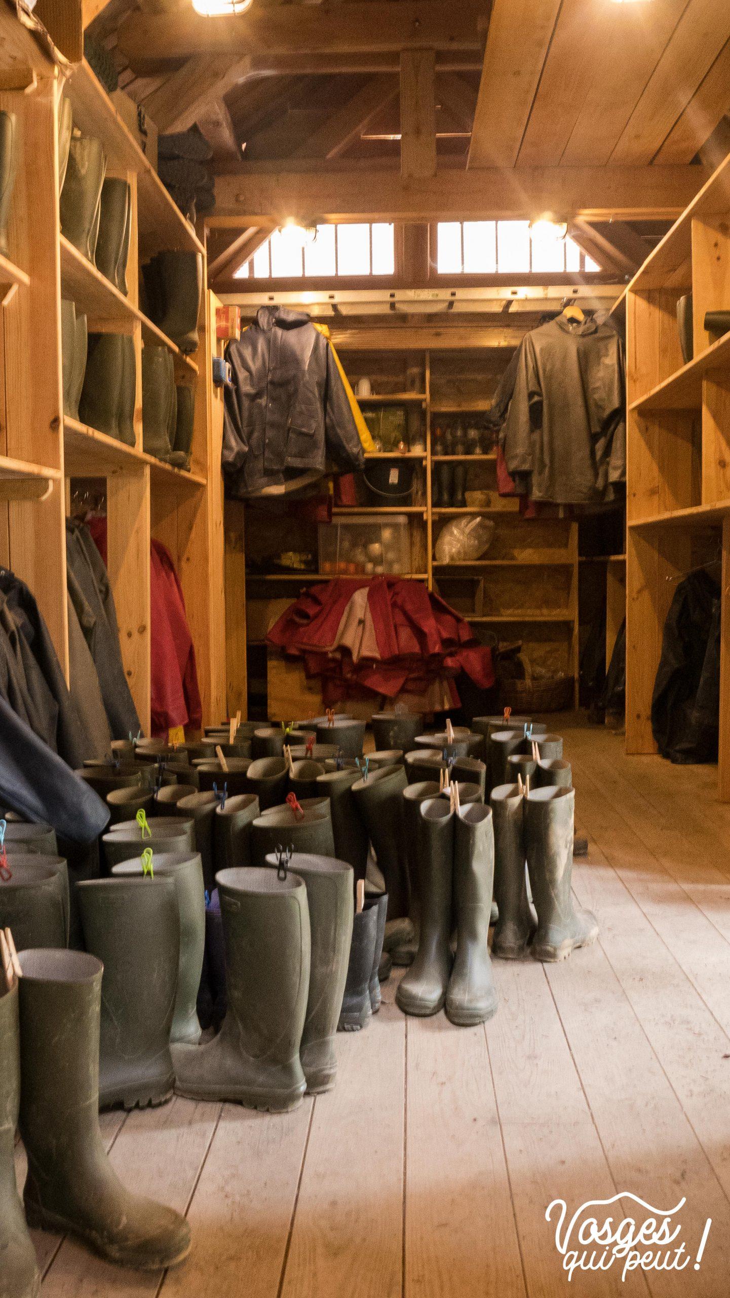 Matériel de spéléogie pour une visite de mine dans le Massif des Vosges