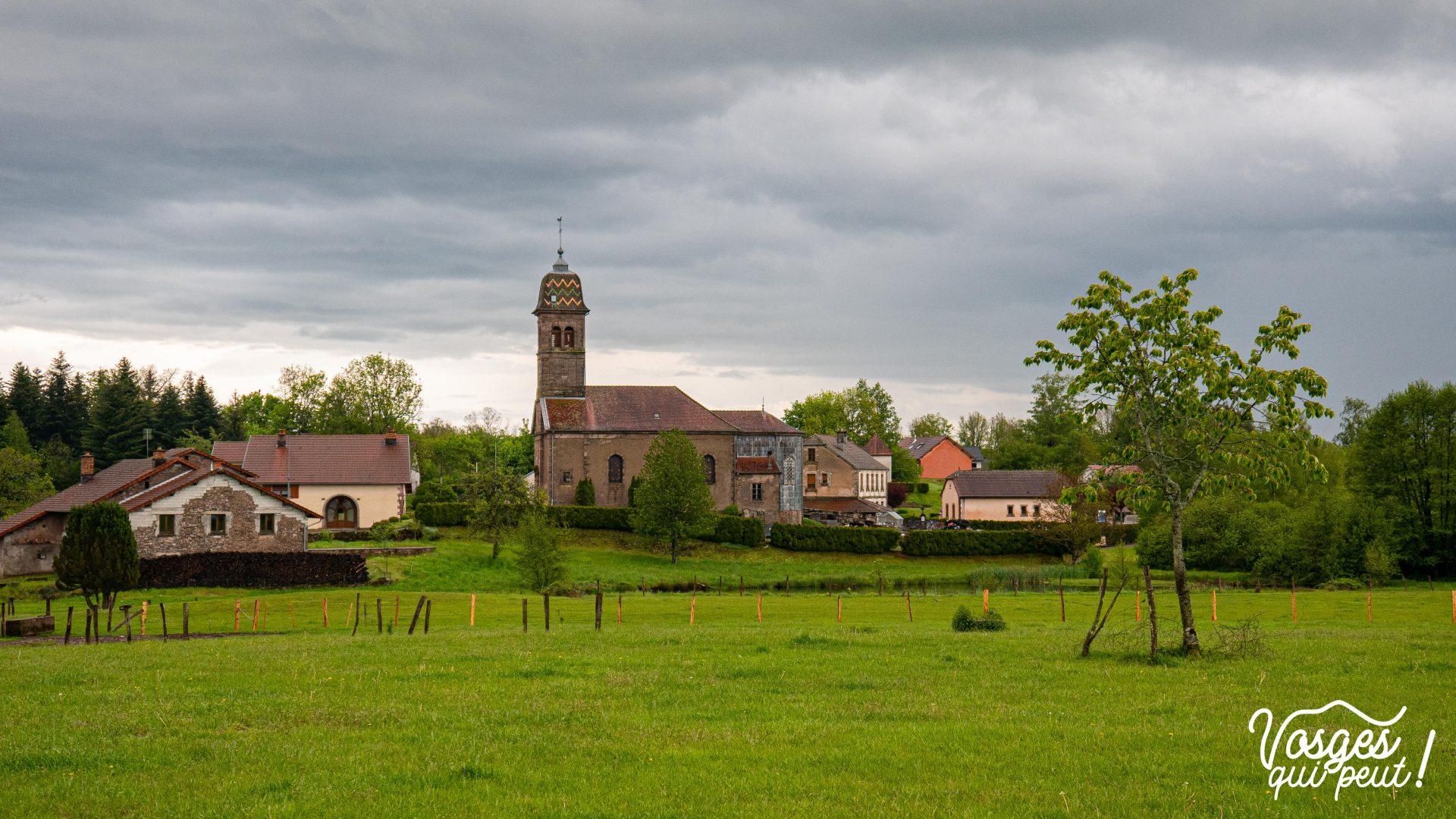 Le village d'Écromagny au plateau des mille étangs