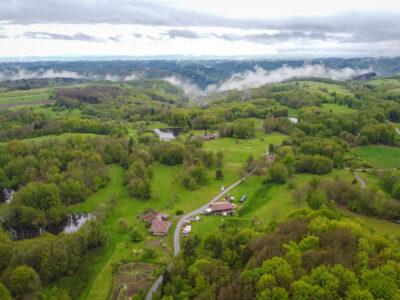 Vue aérienne du plateau des Mille étangsVue aérienne du plateau des Mille étangs