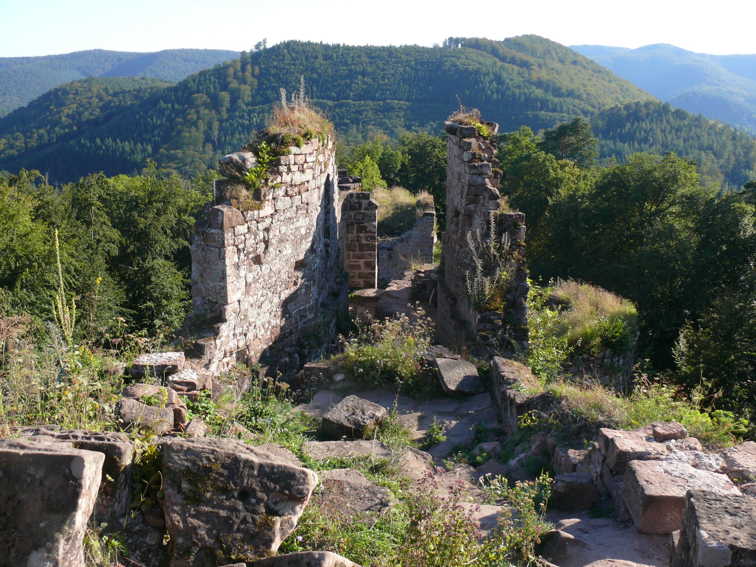 Le château du Schoeneck dans les Vosges du Nord